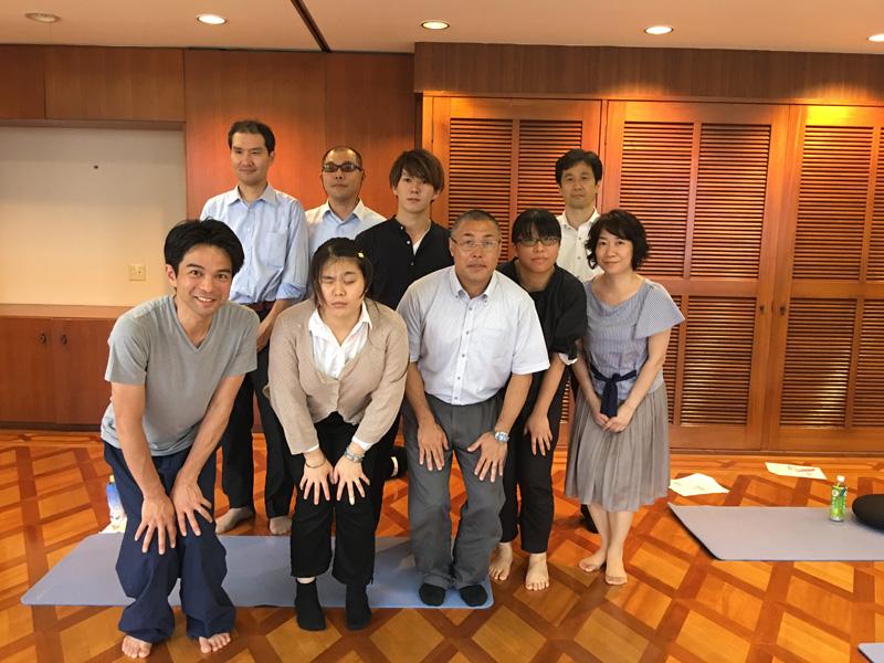 長谷川洋介先生のコラム「特別支援盲学校」を掲載しました